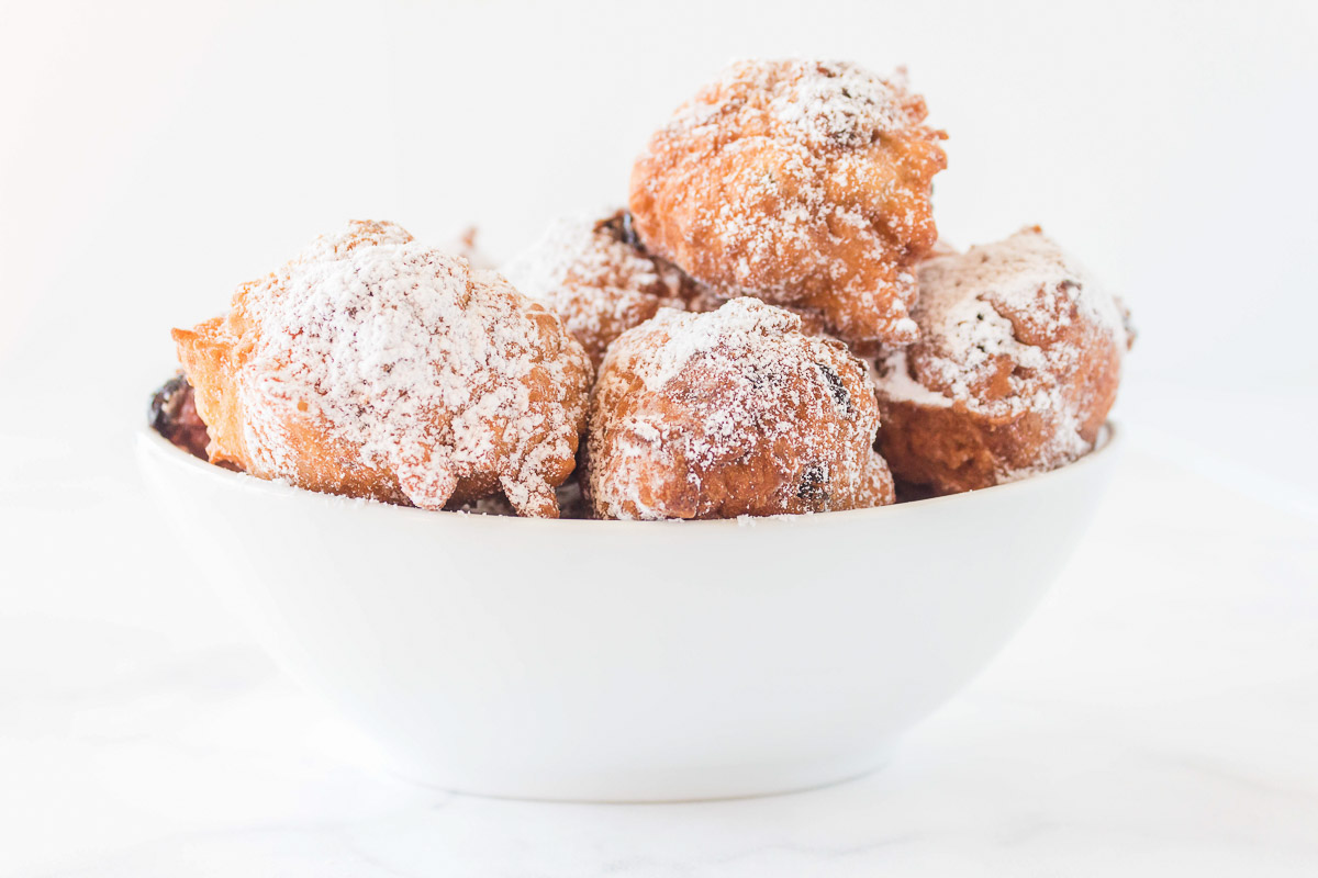 new years cookies in a bowl