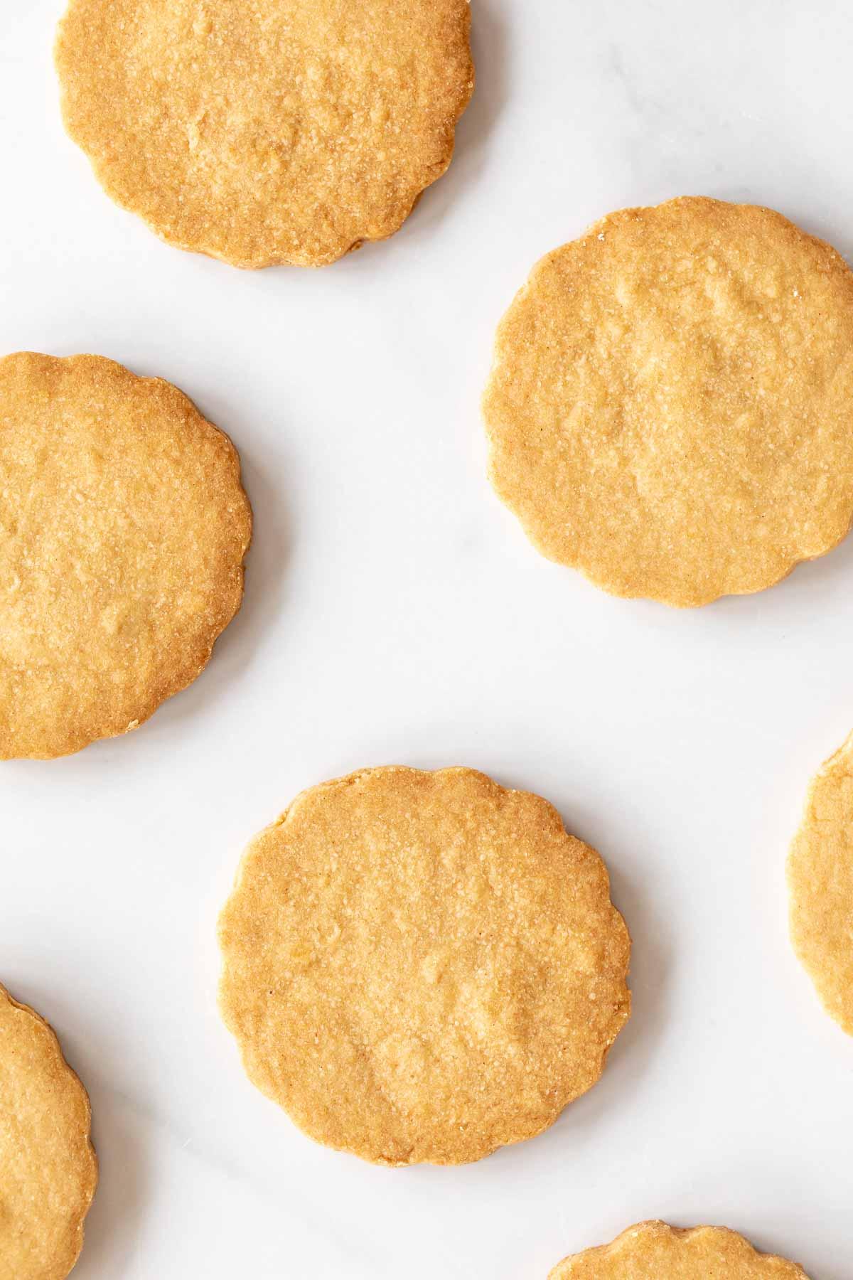 peanut butter shortbread cookies with crispy edges